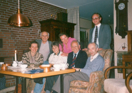 Discussion of the ideae of an joint Wilsede Meeting on the Volga June 23 1988 in Buchholz  Elena Frolova, Joseph Chertkov, Elena Elsner, Hanne-Lore Neth, Rolf Neth, Alexander Friedenstein, Boris Afanasiev.
